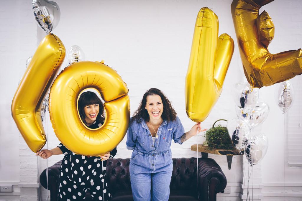 Selina and Vicki LOVE balloons